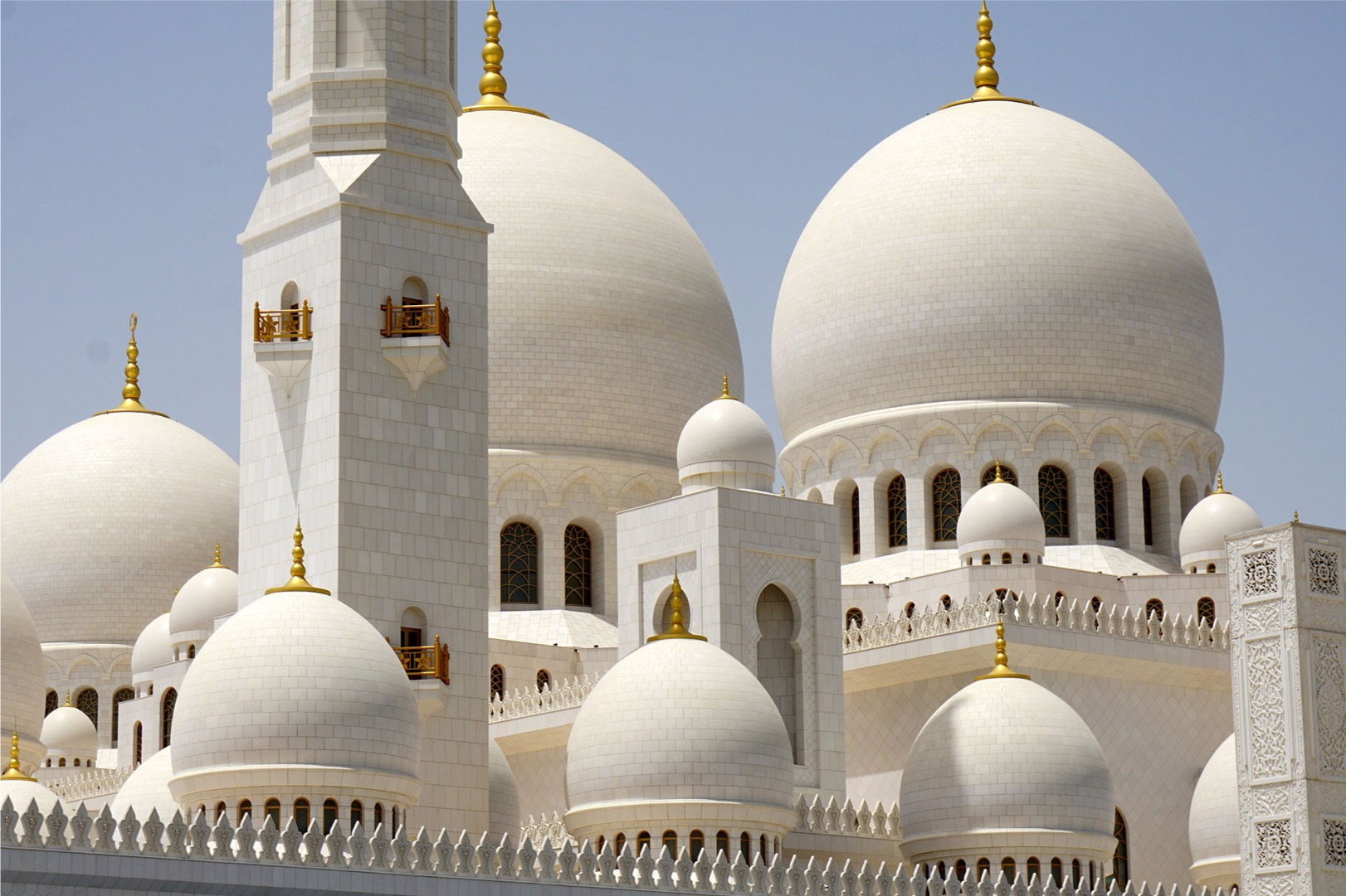 2022年 2/29 杜拜阿聯酋遊輪10天 03/07(六) 阿布扎比Abu Dhabi United Arab Emirates