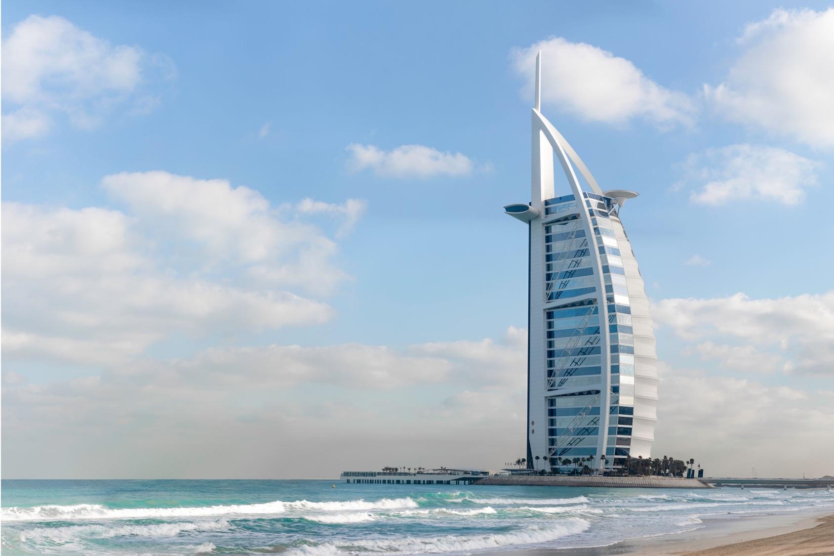 2022年 2/29 杜拜阿聯酋遊輪10天 03/08(日)           杜拜Dubai, UAE  —久美拉古城堡Madinat Jumeirah 杜拜帆船酒店(超級豪華自助午餐) Burj Al Arab—Dubai Mall 觀看最美最壯觀的水舞