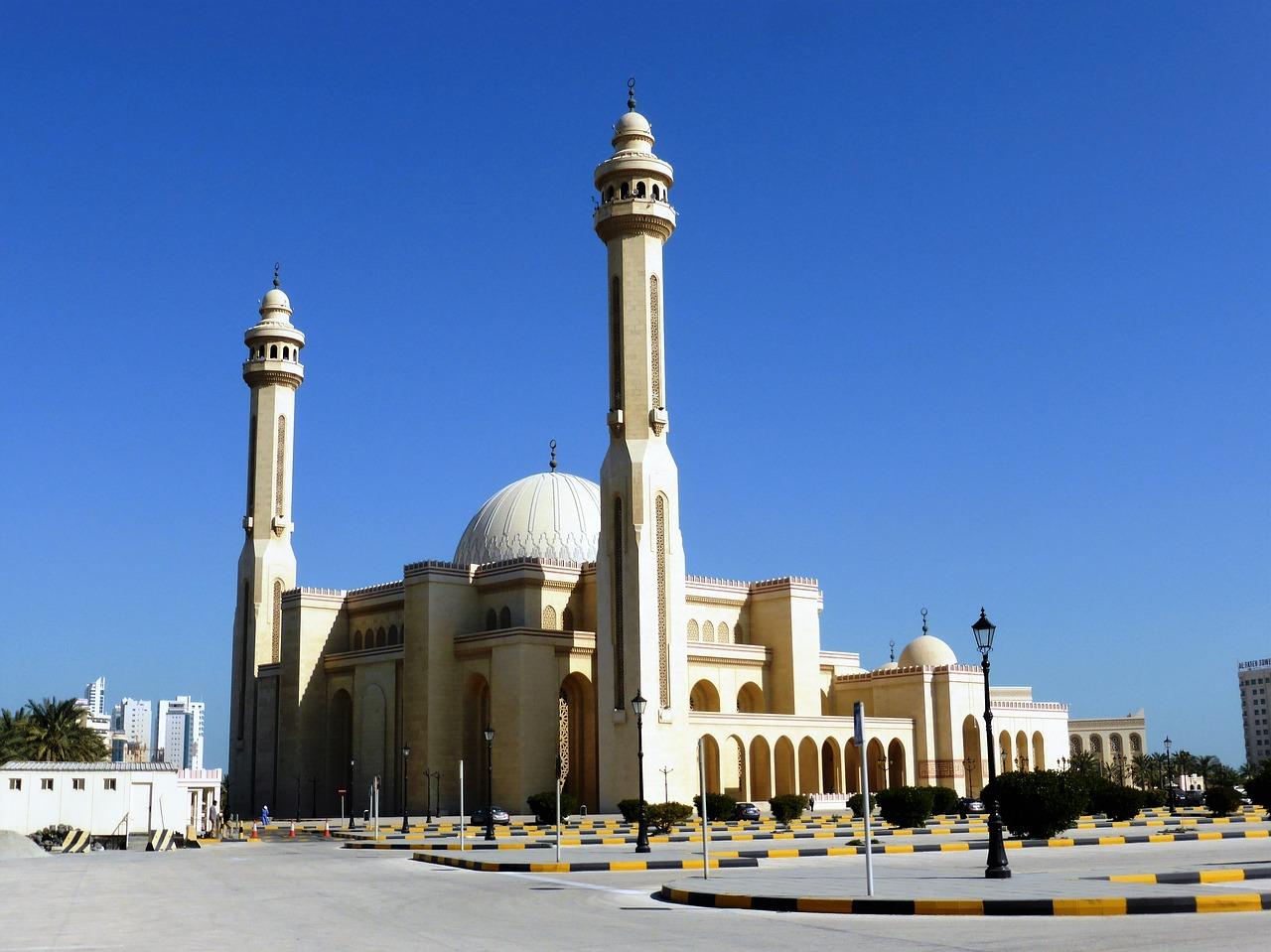 2022年 2/29 杜拜阿聯酋遊輪10天 03/05(四) 歡樂海上遊 AT SEA 《遊輪上主辨同樂會》