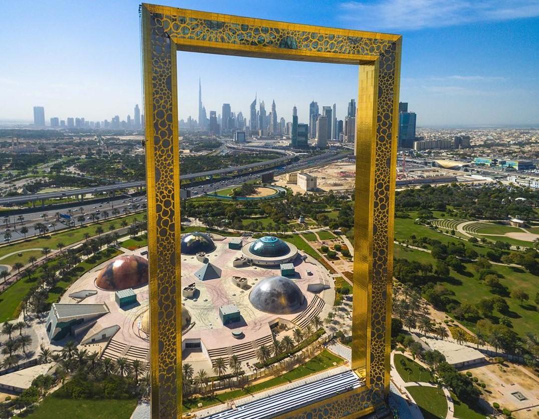 2022年 4/23 俄羅斯莫斯科+杜拜9日 4/28 莫斯科—杜拜 Dubai—清真寺 JUMEIRAH—杜拜大相框(SU520 SVO/DXB 0815/1440)